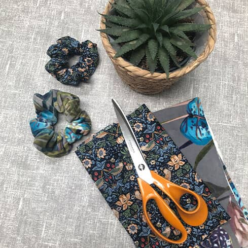 How to Make a Fabric Scrunchie