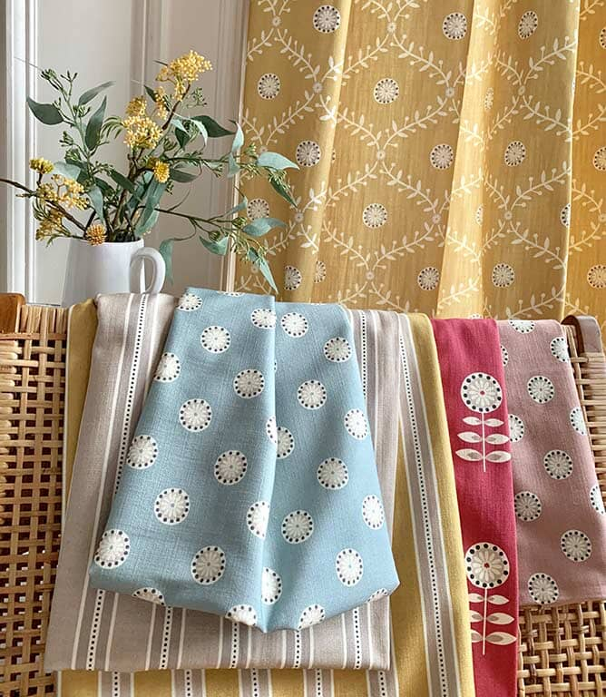 Daisy Stripe Fabric / Ochre