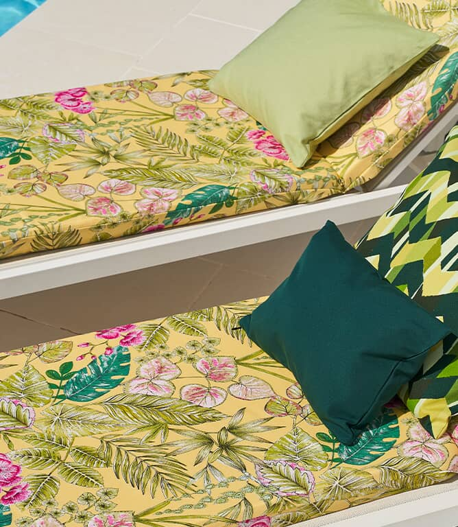 Botanical Outdoor Fabric / Yellow