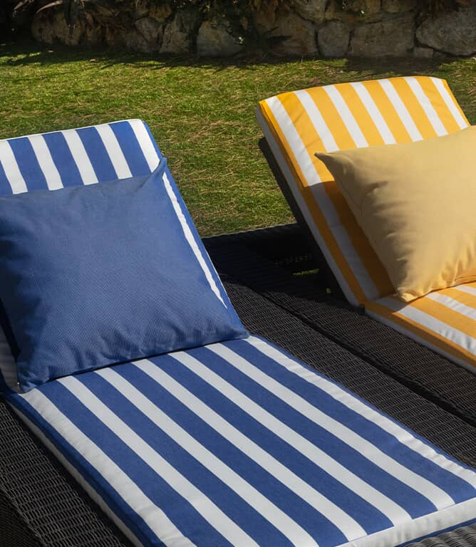 Coastal Outdoor Fabric / Granate